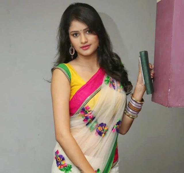 साडी वाली लड़की का फोटो  sari  वाली लड़की वाली लड़की