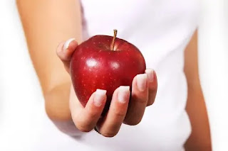 banana,apple diet plan,apple diet for 5 days,vitamins in apples,weight loss diet,apples,vegetables,benefits of apples,