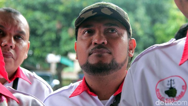 Novel Bamukmin Mau Jadi Cawapres Anies, Surveinya...