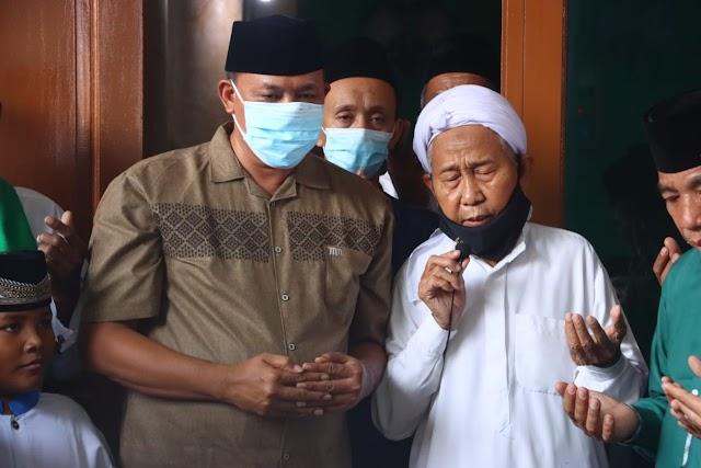 Wakil Wali Kota Bekasi Resmikan Masjid Jami Miftahul Huda di Kelurahan Pejuang