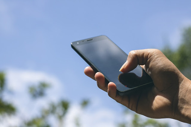 Tips Mengatasi Sinyal Handphone Yang Lemah