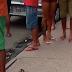 Urgente: jovem acaba de ser assassinado no meio da rua, no Jorge Teixeira