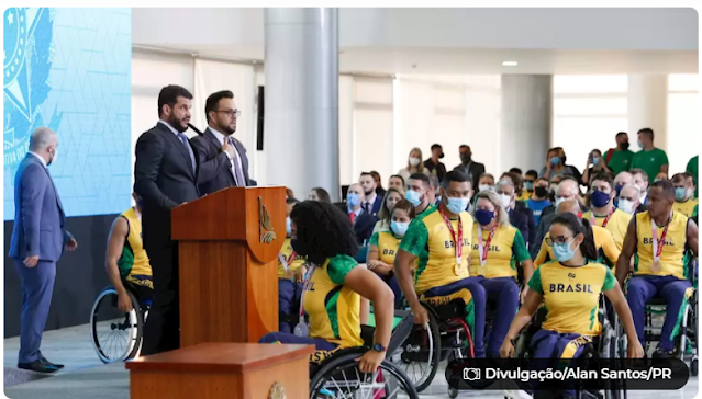 Atletas paralímpicos que disputaram os Jogos de Tóquio recebem homenagem em Brasília