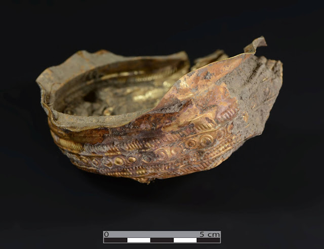 3,000-year-old gold bowl decorated with solar motif found in Austria