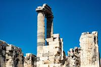 Greek Ruins Photo by Caglar Araz on Unsplash