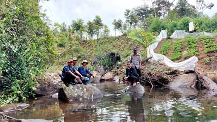 Wawako Solok Tinjau Sumber Mata Air Batang Imang Payo