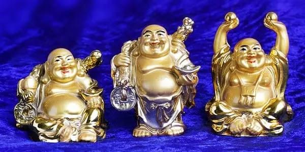 लाफिंग बुद्धा प्रकार, laughing buddha history in hindi, who is laughing buddha in hindi, laughing buddha in hindi, लाफिंग बुद्धा किस दिशा में रखना चाहिए, laughing buddha story in hindi, story of laughing buddha in hindi, laughing buddha kaha rakhna chahiye, लाफिंग बुद्धा को कहा रखना चाहिए, लाफिंग बुद्धा कहां रखना चाहिए,