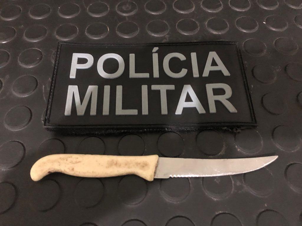 Após ameaçar matar ex-companheira a faca homem acaba preso no Barro