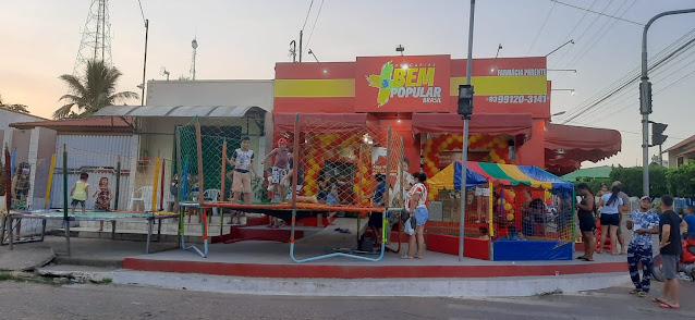 Farmácia do Parente e Drogaria bem popular de Óbidos promoveu programação especial ao dia das crianças