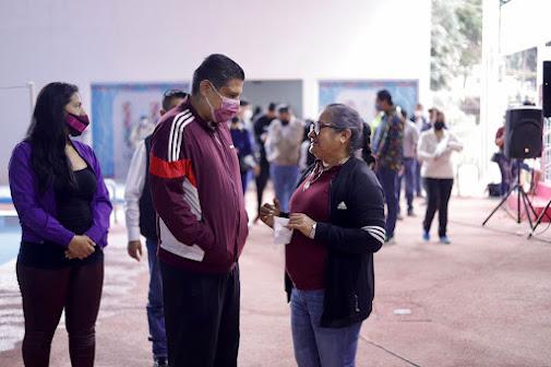 Nacho Campos inauguró torneo de natación Mártires de Uruapan