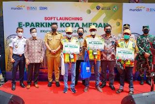 Wali Kota Resmikan E- Parking di 22 Titik di Medan