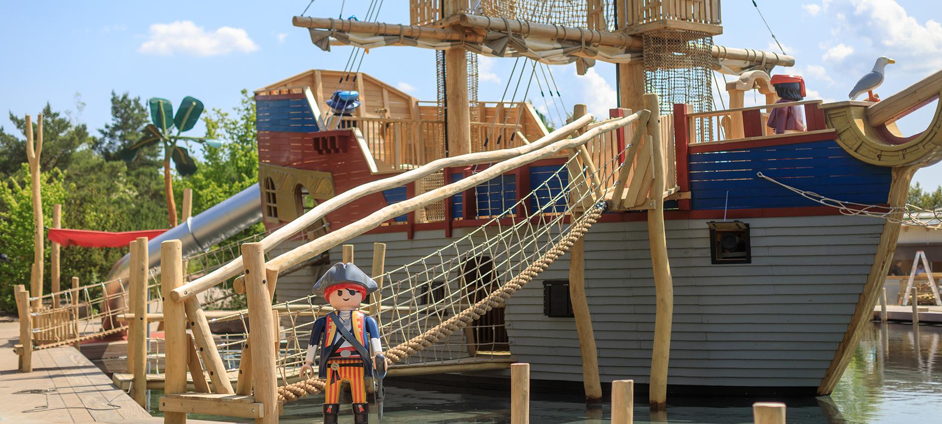 Playmobil Funpark pirate ship