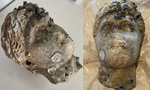 Λεπτομέρειες για την κεφαλή αγάλματος ρωμαικών χώρων που ανασύρθηκε από θαλάσσια περιοχή της Πρέβεζας δημοσιοποίησε το Υπουργείο Πολιτισμού.
