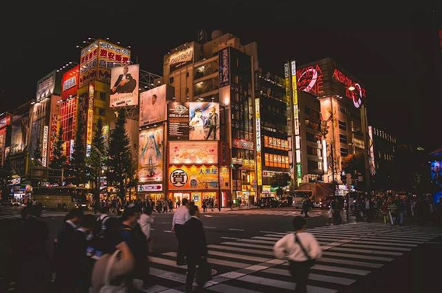 НАВИКАВАЈУ НАРОД НА МРАК Велики нестанак струје у Јапану (ВИДЕО)