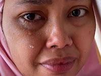 Istri Nangis Tak Diajak Suami Kondangan: Dia malu sama teman-temannya. Katanya muka aku kusam banget