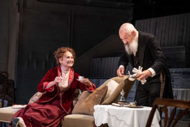 Review: The Cherry Orchard, Theatre Royal Windsor ★★★★☆