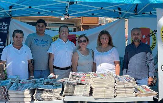 2. Karaduvar Balık Fesivali'nde yerel gazeteler halkla buluştu