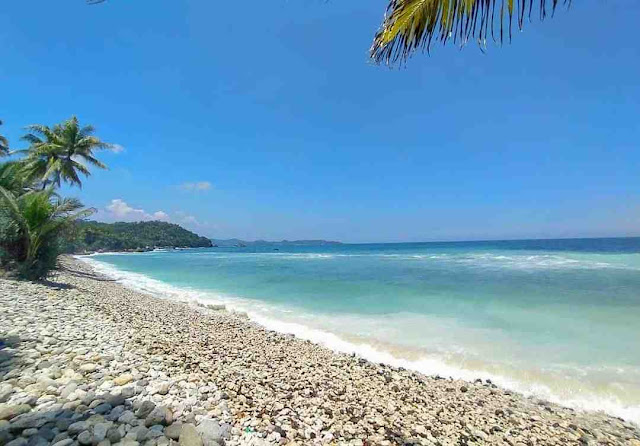 Pantai Pidakan Pacitan: Lokasi, Rute, dan Harga Tiket