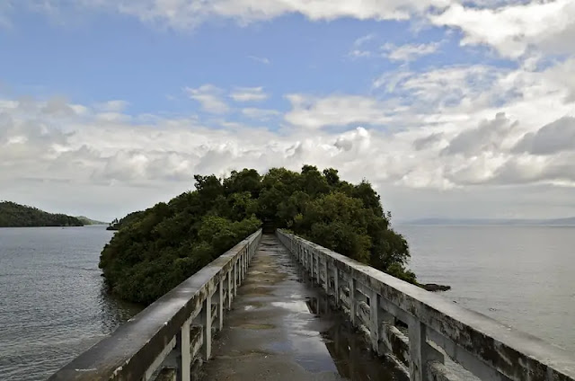 Samaná Bay