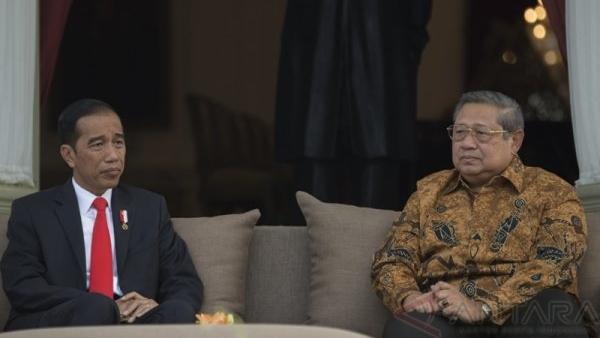 Kalau Jokowi Masih Menghargai SBY, Seharusnya Moeldoko Dipecat