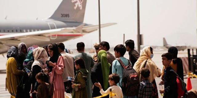 Kirim Empat Penerbangan dalam Semalam, Australia Angkut 300 Penumpang dari Kabul