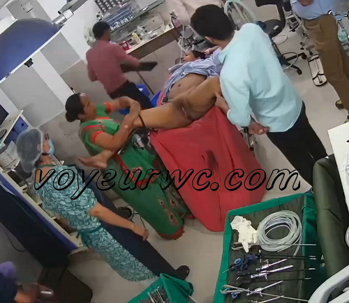 Women caught on spy cam in the maternity hospital (Indian maternity hospital 03-07)