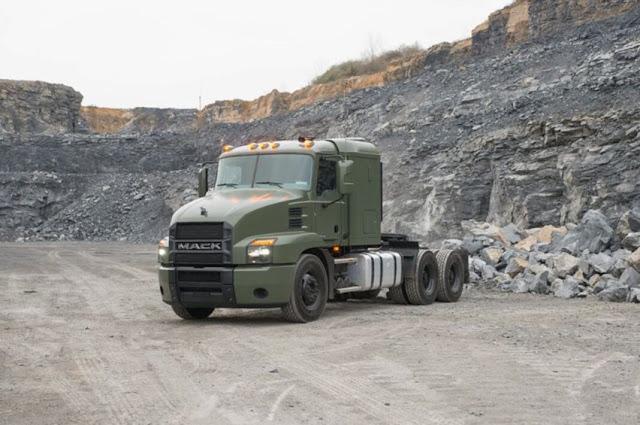 xe tải Line Haul 60 tấn