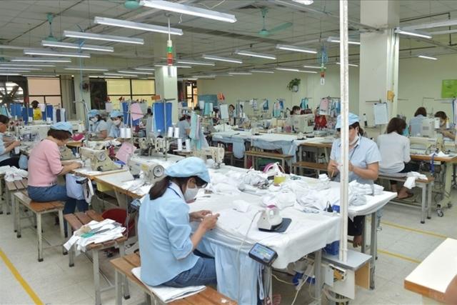 Công nhân tại công ty may Thái SƠn SP