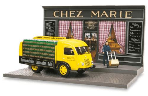 les plus beaux véhicules utilitaires, le camion Renault Galion 1:43 le livreur de boissons
