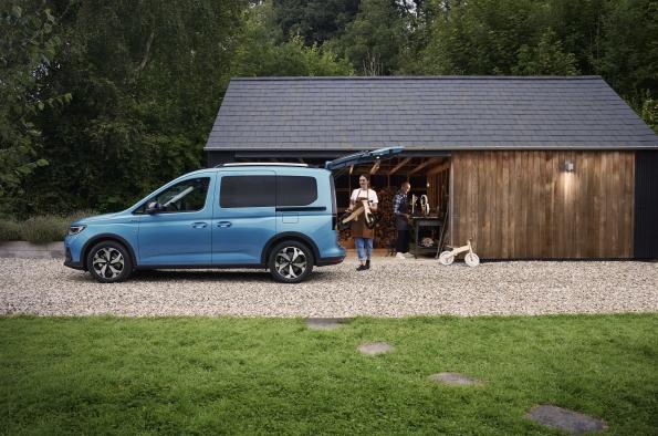 nuevo-ford-tourneo-connect-lateral
