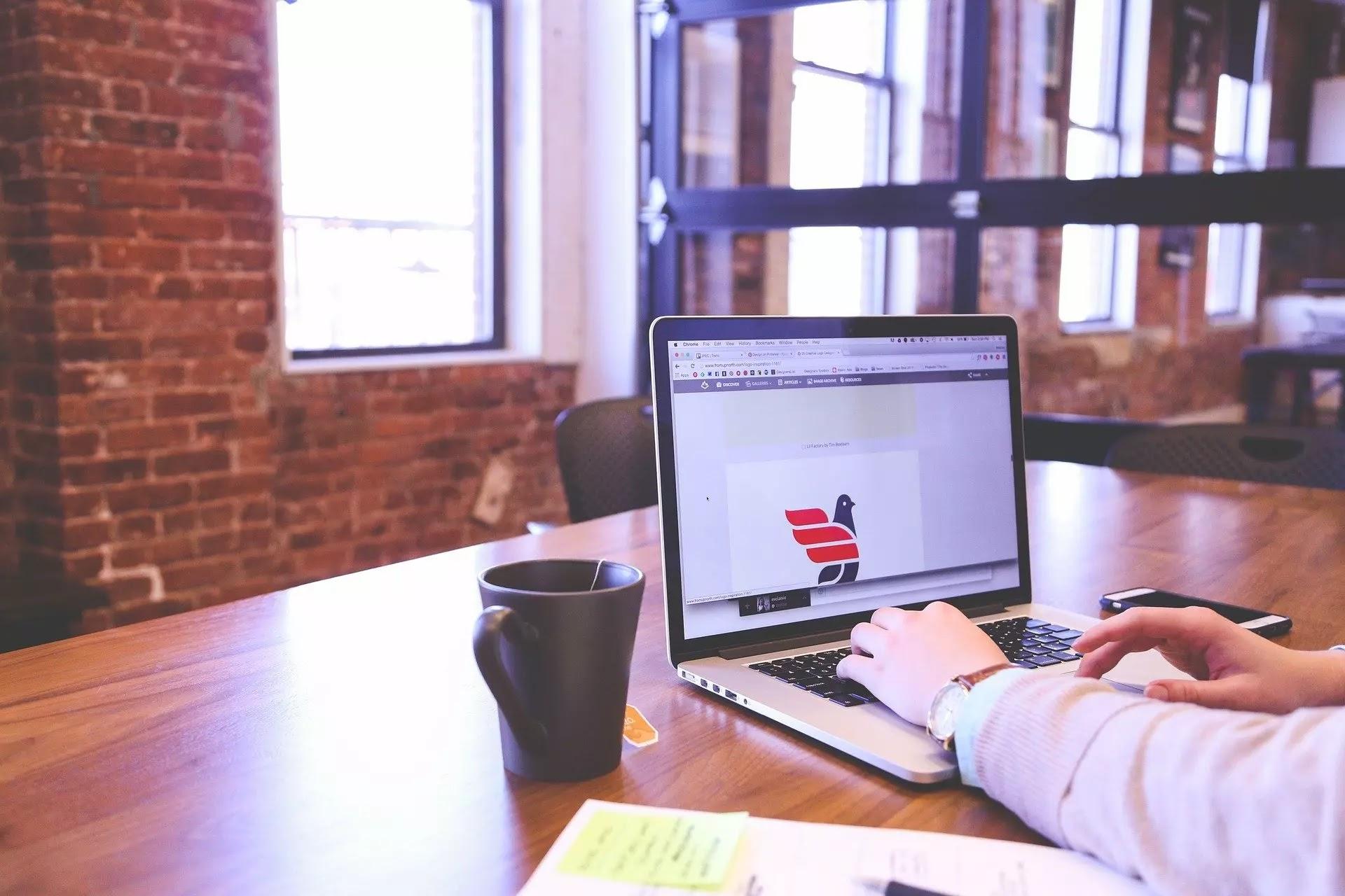 كيفية تسويق منتجاتك خاص بك وتحسين محركات البحث