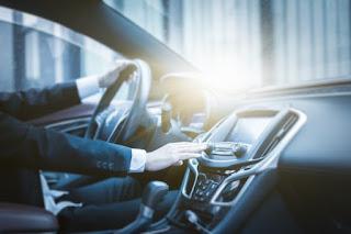 مطلوب سائق للعمل لدى عائلة بشكل فوري.