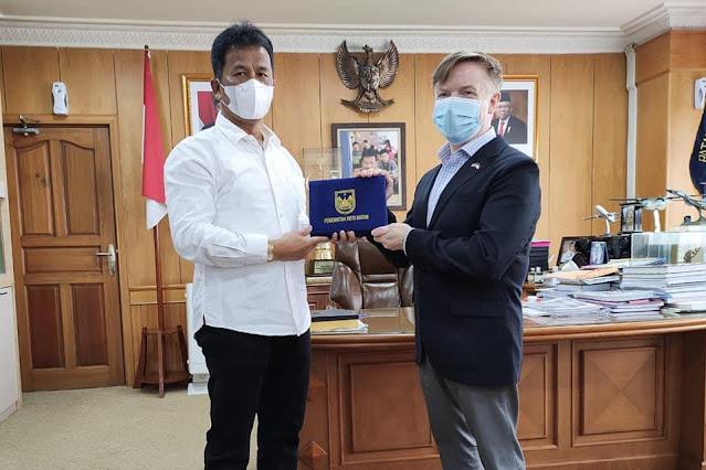 Terima Kunjungan Konsul AS, Rudi Paparkan Alasan Batam Primadona Investasi