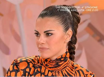 bellissima foto conduttrice TV Bianca Guaccero Detto Fatto 14 ottobre