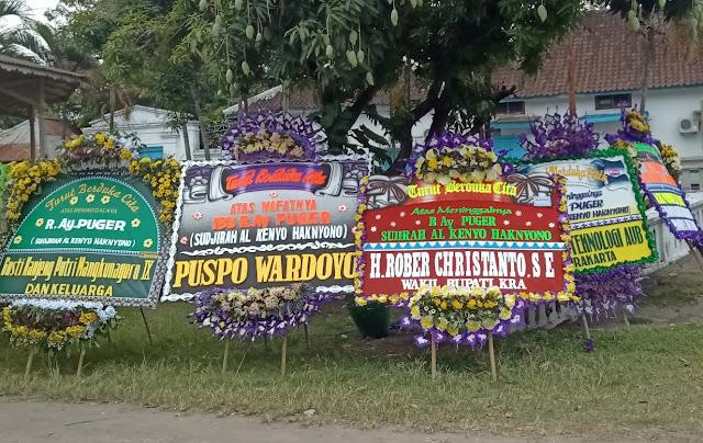 Karangan Bunga Wong Solo Group