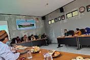 Babinsa Serda Saiful Ansori Dampingi Kegiatan Pelntikan Bumdes Kertajaya