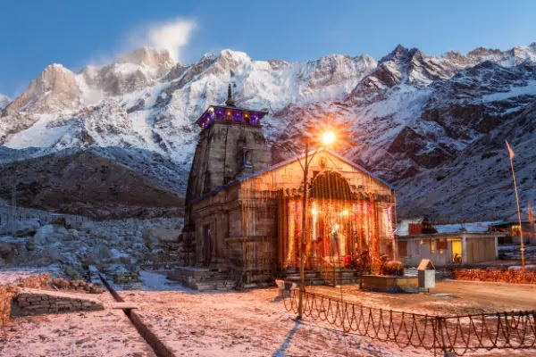 Kedarnath Temple, Uttrakhand   Best Places to Visit in India