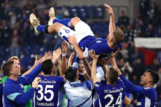 Atacante do Schalke 04 iguala recorde de gols marcados na 2. Bundesliga
