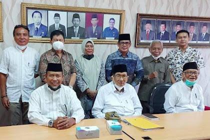 Bersama Asisten, Kadisos Inhil Berdiskusi dengan Tokoh Agama dari Riau