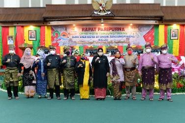 Wagub Marlin Hadiri Sidang Paripurna DPRD Tanjungpinang