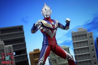 S.H. Figuarts -Shinkocchou Seihou- Ultraman Tiga Multi Type 11