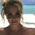 Britney Spears aparece sem roupa durante viagem com noivo após se livrar de tutela do pai