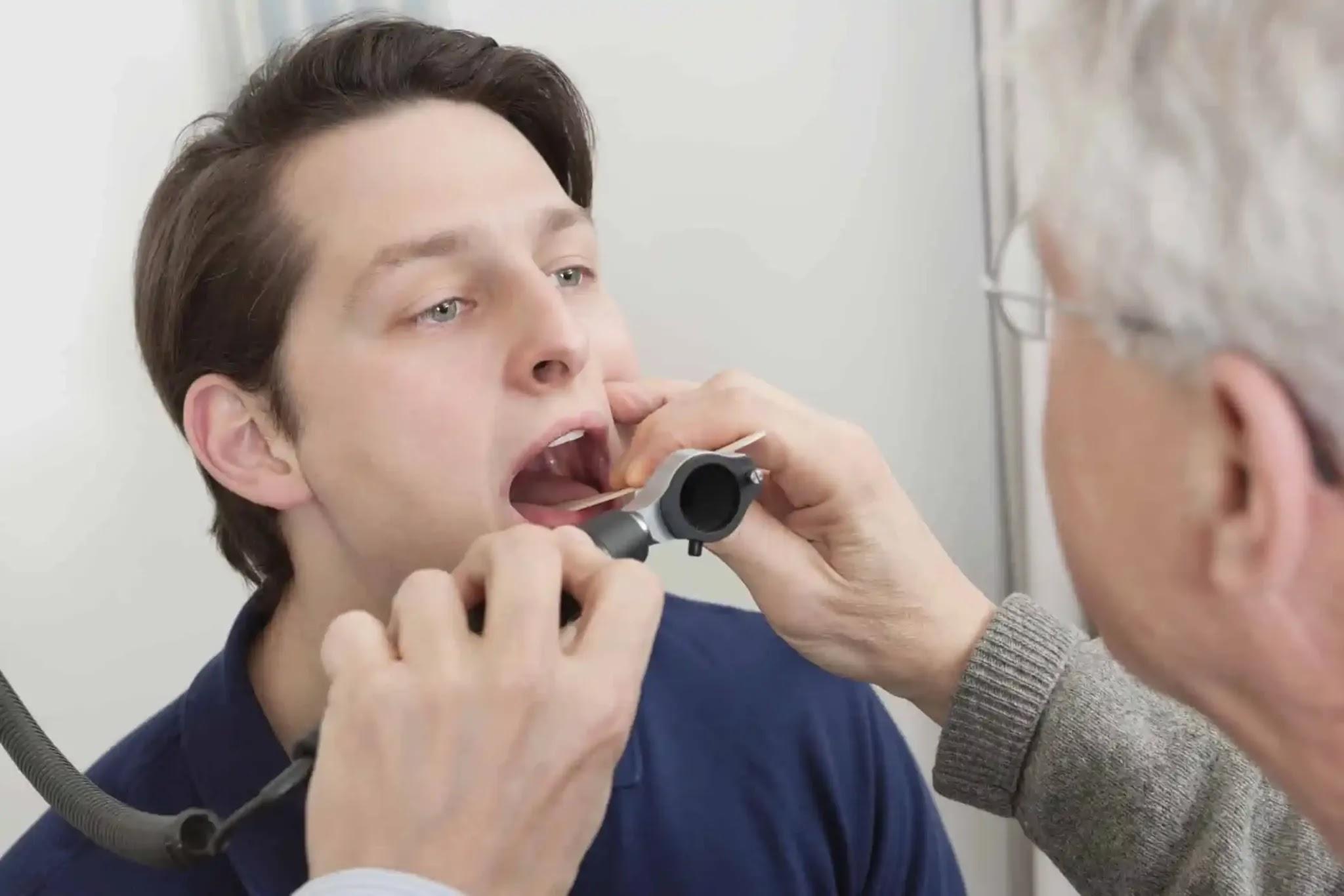 سرطانات الانف والاذن والحنجرة