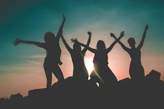Group Therapy Benefits and Empowers Teens ichhori.com