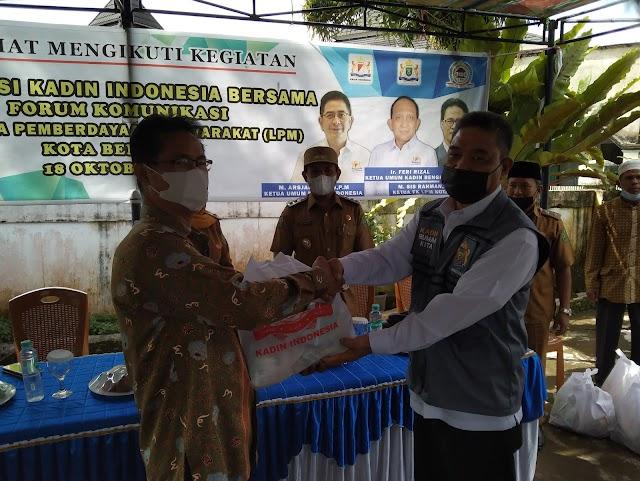 205 Warga Serbu Vaksinasi Gratis Sembako Persembahan Forum LPM Dan Kadin