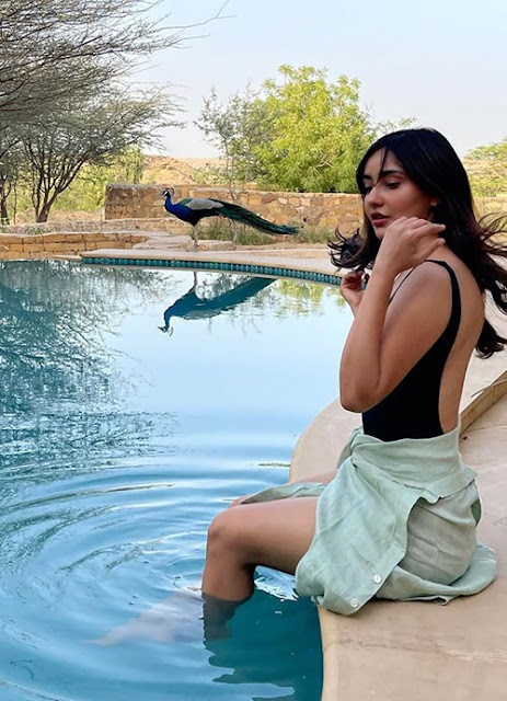 Actress Neha Sharma Latest Photos in Black Swimsuit Navel Queens