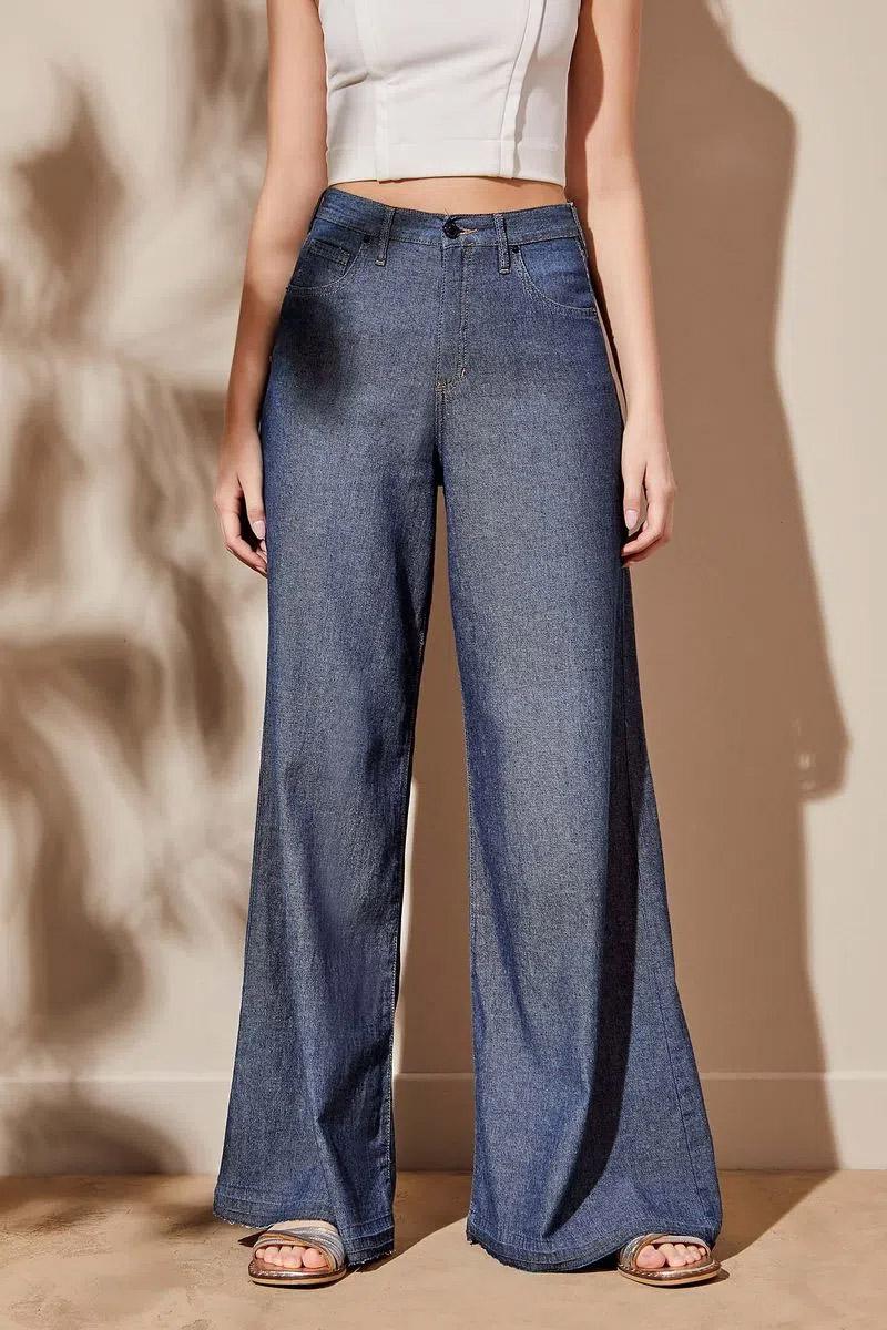 pantalones flare jeans moda verano 2022 para mujer