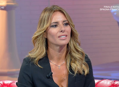 Ingrid Muccitelli bella conduttrice Unomattina in Famiglia 10 ottobre