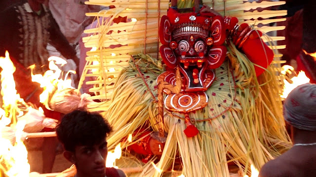 Ghantakarna Pisaca (Theyyam - Kerala)