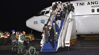 WNI dari Afghanistan Tiba di Halim Perdanakusuma, Panglima TNI: Evakuasinya Tidak Mudah